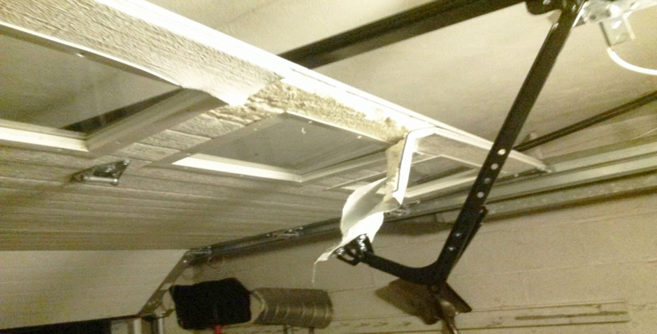 Garage door repairs near the Bronx